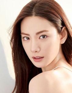 Idols Generation (Posts tagged Im Jin Ah) Beautiful Hijab Girl, Beautiful Asian Women, Pretty Korean Girls, Cute Korean, Korean Beauty, Asian Beauty, Nana Afterschool, Im Jin Ah Nana, Nose Makeup