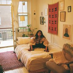 home me last summer in Montreal by my forever love mind_bath 70s Bedroom, Bedroom Inspo, Home Bedroom, Bedroom Decor, Bedrooms, Dream Rooms, Dream Bedroom, Uni Room, Room Goals
