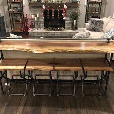 Live edge walnut sofa bar with custom walnut stools. Home Living Room, Apartment Living, Bar Behind Couch, Home Bar Table, Tiny Dining Rooms, Basement Bar Designs, Live Edge Furniture, Diy Countertops, Diy Desk