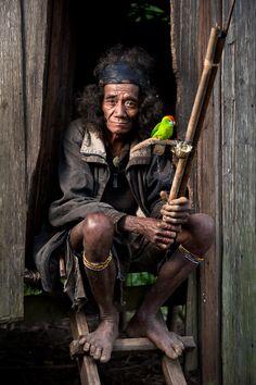 Philippines | Portrait of a Manobo man from the Bukidnon plateau. Mindanao | © Jacob Maentz