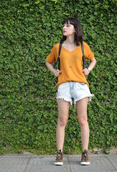 Look shorts jeans desfiado Blog Ela Inspira - http://www.elainspira.com.br/look-good-life/