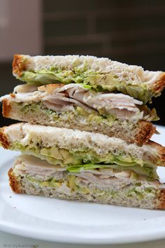 Avocado and Turkey Sandwich from @withstylegrace looks like the perf lunch!