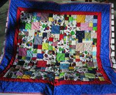 Aufwändige Patchworkdecke mit Heather Dupontstoff von Meine bunte Flickenecke auf DaWanda.com