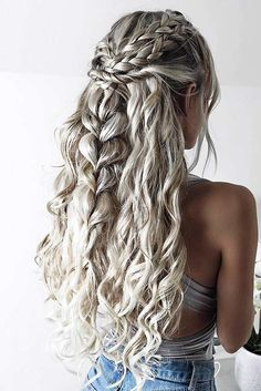 Chic Valentines Day Hairstyles ★ See more: http://lovehairstyles.com/chic-valentines-day-hairstyles/