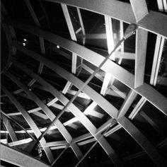 Pormenor da cúpula do Parlamento Europeu | Deutscher Bundestag Norman Foster #bundestag #Berlim #berlin #germany #architecture #Foster #arquitectura #tezturas #tezturas