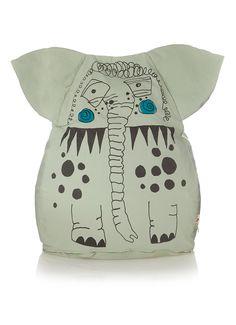 Zitkussen Edward van Ferm Living. Dit knuffelkussen heeft een vrolijke print van een olifant en hij staat leuk op elke kinderkamer. De zitzak is gemaakt van 100% organisch katoen en heeft een waterafstotende coating. Ook lekker om mee te knuffelen of om op te liggen!