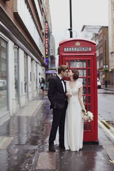 London wedding. I want nothing more than to get married in London <3