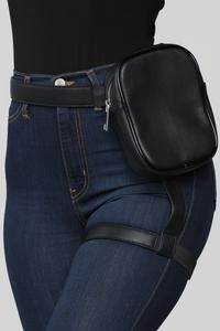 Next Level Harness Fanny Pack - Black – Fashion Nova Edgy Outfits, Mode Outfits, Fashion Outfits, Womens Fashion, Thigh Bag, Looks Style, My Style, Leg Harness, Leather Fanny Pack