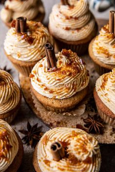 Chai Latte Cupcakes with Caramel Brûlée Frosting: Each bite is filled with sweet chai spiced cake and fluffy frosting...Autumn in a cupcake! Caramel Brulee Recipe, Cupcakes, Cupcake Cakes, Baking Recipes, Dessert Recipes, Dessert Tray, Kitchen Recipes, Cupcake Recipes, Muffins