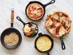 Make everything from lasagna to oatmeal in your versatile, heat-retaining cast-iron skillet with tips from Food Network Kitchen. Cast Iron Skillet Cooking, Iron Skillet Recipes, Cast Iron Recipes, Skillet Food, Skillet Meals, Calzone, Food Network Recipes, Cooking Recipes, Cooking Network