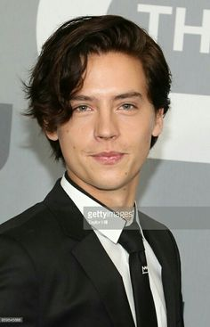 Cole at the CW Upfronts. Cole Sprouse Jughead, Cole M Sprouse, Dylan Sprouse, Dylan Und Cole, Bradley Steven Perry, Zack E Cody, Stefan And Caroline, Riverdale Cole Sprouse, Bae