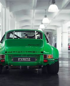 #Porsche old Custom; absolutely love that color!