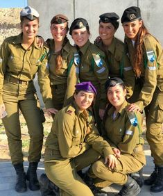 50 Beautiful Army Women With Without Uniform Looking Stunning Idf Women, Military Women, Mädchen In Uniform, Israeli Female Soldiers, Israeli Girls, Outdoor Girls, Brave Women, Military Girl, Girls Uniforms