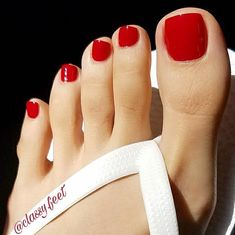 @classy.feet #feet #footfetishgroup #footfetishnation #footfetishcommunity #footgoddess ...