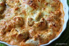 Gratinerad kyckling med chili och oregano är en enkel rätt att tillaga. Kombinationen chili och oregano är så gott.