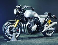 bestbikes - skililo:   Honda CB1100 Type II Concept with cafe...