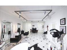 Дизайн интерьера салона красоты. Готовые решения.