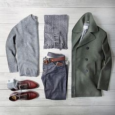 2016 ⠀⠀⠀ ⠀ Peacoat: Club Monaco Sweater: Bonobos Boots: Brick and Mortar Alden Straight Tip Chromexcel Scarf: Grayers cable knit Socks: Denim: Belt:. Mode Outfits, Casual Outfits, Fashion Outfits, Fall Outfits, Mode Masculine, Stylish Men, Men Casual, Cable Knit Socks, Mode Man