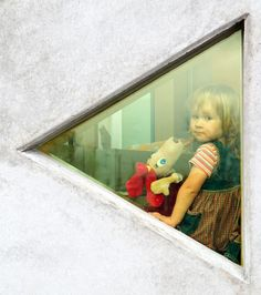 Kindergarten Lotte / Kavakava Architects openings scaled for children