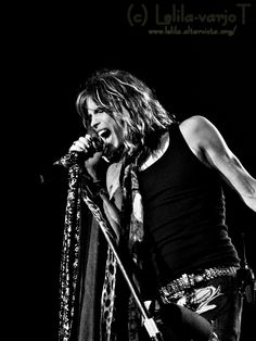 Steven Tyler, Aerosmith You're a awesome person. Rock And Roll Bands, Rock Bands, Bob Marley, Pink Floyd, Rolling Stones, Beatles, Beste Songs, Steven Tyler Aerosmith, Joe Perry