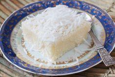 Bûche de Noël à la noix de coco : un délicieux dessert de Noël, ultra simple, inrattable, et végan.