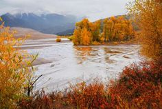 MEDANO CREEK, COLORADO - GREAT SAND DUNES NPP/FLICKR