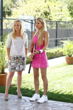 Anna Kournikova and Alison Sweeney in The Biggest Loser Alison Sweeney, Alison Angel, Days Of Our Lives, Picture Photo, Anna, Princess, Beautiful Ladies, Queens, Characters