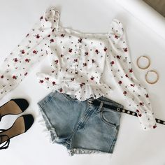 Teen Fashion Outfits, Girly Outfits, Cute Summer Outfits, Outfits For Teens, Stylish Outfits, Spring Outfits, Cool Outfits, Olive Clothing, Looks Vintage