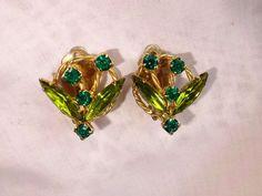 Vintage Juliana D&E Flower Fabulous Greens Rhinestones Earrings Just Gorgeous!!