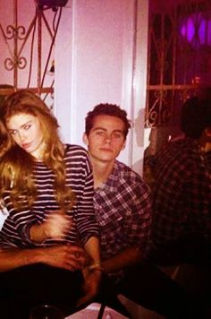 Holland Roden and Dylan O'Brien!!! They should totally date (on screen and off screen) :D