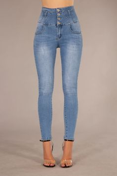 Layla High waist Blue Jeans – Lusty Chic Blue Jeans, Denim Jeans, Jeans Material, Skinny Fit Jeans, High Waist Jeans, Classic Style, Legs, Chic, How To Wear