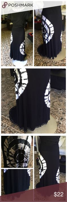 "Black and white, hi-lo, the-dye maxi skirt. Black w/white circle rye-dye pattern. Maci w/ahi-like back, bottom hem stuffed with little rhinestones. This this is so soft and cute, and long! I'm 5'4"" and it's fine w/heels/wedges, but it's just too long for me to wander around in sandals, so- a deal for you!😊🌻 roz & ali Skirts Maxi"