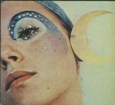 The Face of the Seventies - Make-up for 1971 - MAD x Vintage - # für . - The Face of the Seventies – Make-up for 1971 – MAD x Vintage – the # - Makeup Trends, Makeup Inspo, Makeup Inspiration, Hair Trends, Fashion Inspiration, Make Up Art, How To Make, Artistic Make Up, Makeup Looks