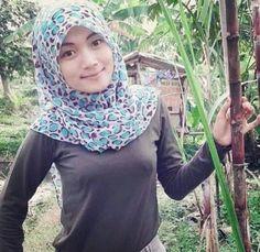 Di antara manusia yang paling rendah derajatnya di sisi allah padahari kiamat adalah seorang suami yang jima' 62 Hijab Am Ideas Hijab Fashion Arabian Women