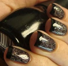 glitter and black manicure