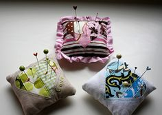 Sweetheart Pin Cushion Tutorial by ohsohappytogether, via Flickr