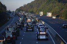#agriculteurs en colère. DIRECT. 1 365 tracteurs et 91 bus vers Paris http://www.ouest-france.fr/agriculteurs-en-colere-le-convoi-se-dirige-vers-paris-3658193…