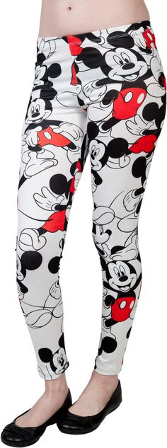 L-E-G, Gee, this leggings sure are swell. Anyway, these leggings feature images of the iconic Disney character Mickey Mouse. Basically the face of all things Disney, Micke Deco Disney, Disney Mickey Mouse, Minnie Mouse, Disney Pjs, Disney Bound, Disney Leggings, Cute Leggings, Cute Disney, Disney Style