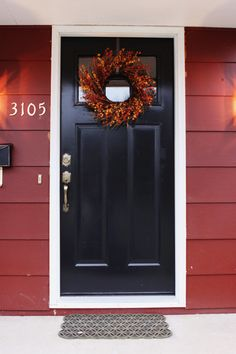 35 Ideas For House Colors Exterior Black Front Doors Black Front Doors, Front Door Colors, Exterior Paint Colors, Exterior House Colors, Wall Exterior, Cottage Exterior, Paint Colours, Red Houses, Black Shutters