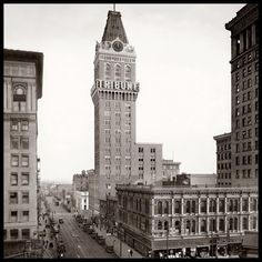 "Tribune Tower, 13th Street, Oakland, c.1925 ------------------------------------------------------------ This 21-story Tower, built in 1923, housed the 'Oakland Tribune' newspaper, which began publication in 1874, later bought in 1915 by Joseph Knowland. ""Founded by George Staniford and Benet Dewes in 1874, the 'Oakland Tribune' became a major newspaper under William Edward Dargie, who acquired it two years later. He added a wire service dispatch, special editions, an early Bell telephone…"