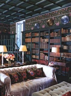Impressive Home Library Design Ideas Future Library, Library Room, Dream Library, Cozy Library, Library Table, Beautiful Library, Beautiful Homes, Beautiful Space, Reading Room Decor