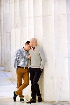 lincoln memorial dc same sex enagagement session deb lindsey photography Engagement Outfits, Engagement Session, Engagement Photos, Engagement Ideas, Engagements, Gay Couple, Couple Posing, Couple Photos, Couple Photography