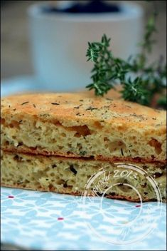 Focaccia-thym-sans-gluten-sans-lactose (3) Yotam Ottolenghi, Olives, Sans Gluten Sans Lactose, Fodmap, Vegan Vegetarian, Banana Bread, Sandwiches, Vegan Recipes, Desserts