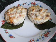 Диетические кексы из творога с сыром и овощами