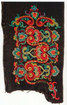 FolkCostume&Embroidery: East Telemark, Norway, socks and shoes for Raudtroje… Scandinavian Embroidery, Scandinavian Folk Art, Rosemaling Pattern, Folk Embroidery, Folk Fashion, Folk Costume, Embroidery Techniques, Abstract Pattern, Traditional Outfits