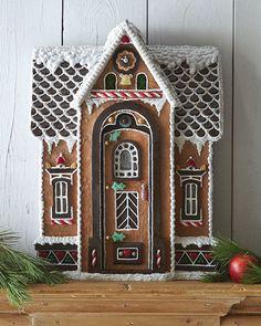 38 Simple & Inspiring Gingerbread House Ideas - http://www.snappypixels.com/diy-ideas/38-simple-inspiring-gingerbread-house-ideas/ - #GingerbreadHouse, #SimpleGingerbreadHouses