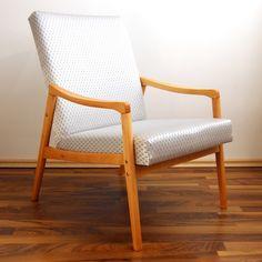 povodne cervene calunenie Accent Chairs, Furniture, Home Decor, Homemade Home Decor, Home Furnishings, Decoration Home, Arredamento, Interior Decorating