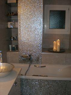Elegante Glänzende Mosaik Fliesen Fürs Bad  Romantische Kerzen