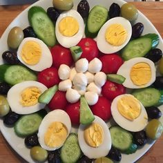 healthy snacks - Good morning, happy markets goodmorning morning breakfast b breakfast Good goodmorning Happy markets morning Veggie Platters, Veggie Tray, Appetizers For Party, Appetizer Recipes, Salad Recipes, Food Garnishes, Food Decoration, Food Crafts, Creative Food