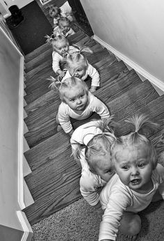 """moving on up"" by photographer Dave Engledow- arc Baby Pictures, Cute Pictures, Cool Photos, Funniest Pictures, Little People, Little Ones, Triplets, Twins, Cute Kids"